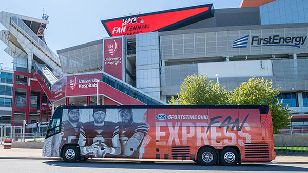 charter bus cleveland ohio attractions barons bus at cleveland browns firstenergy stadium