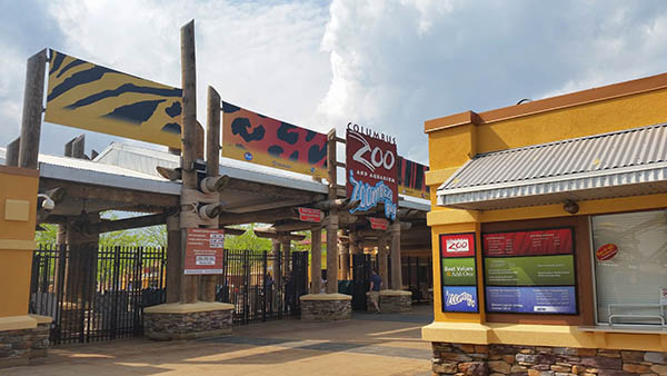 charter bus columbus ohio attractions columbus zoo and aquarium