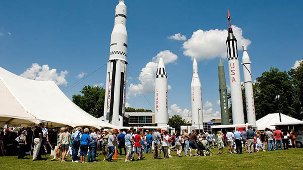 charter bus huntsville alabama attractions us space and rocket center
